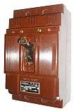 WIS-100 второй величины, трёхполюсный, переменного тока, с электромагнитным расцепителем